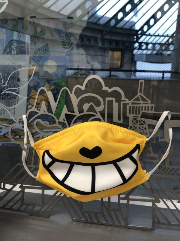 masque jaune usn1